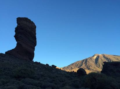 Roque Cinchado y Mt. Teide
