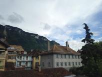 View of Villenueve, tres bien!
