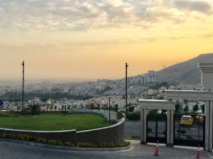 Beautiful polluted veiws Tehran is a city of 15 million in a metroploitan area of 1,748 km2 nestled against the Northern mountains, which creates an inversion layer